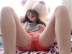 brunette-teen-masturbates-hairy-pussy-in-hot-solo-scene