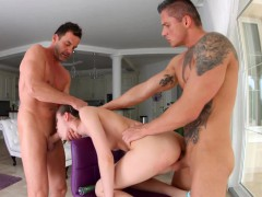 Ass Traffic presents - Anna Taylor in gonzo anal scene