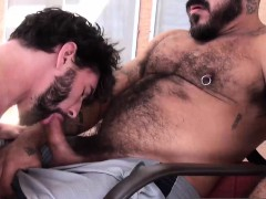 hunk-jackson-fillmore-getting-ass-barebacked-by-alessio