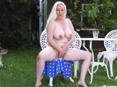 huge-titted-blonde-mom-fingering-herself-outdoor
