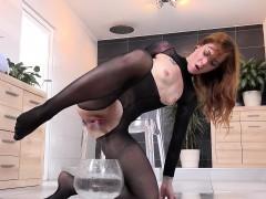 Wetandpissy - Wet porn with kinky redhead