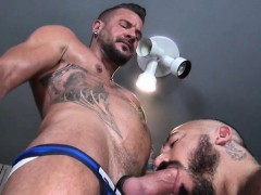 muscle-gay-anal-sex-with-cumshot