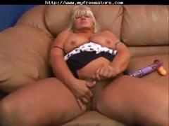 granny-gets-fucked