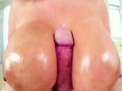 Babe Gives Wam Tit Fuck