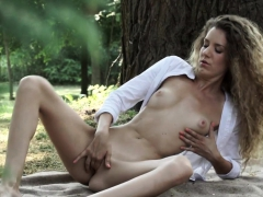 classy amateur babe masturbated outdoors WWW.ONSEXO.COM