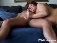 aged-amateur-mom-loves-the-cock