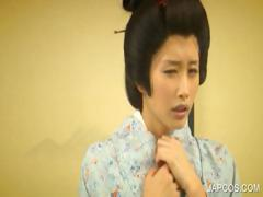 geisha-slave-gets-punished