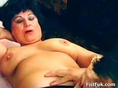 horny-mature-slut-got-her-pussy-hardly-part5