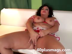 pretty-chubby-latina-milf