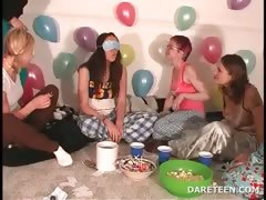 girls-at-pijama-sexparty-playing-truth-or-dare