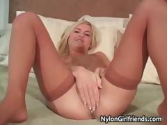 Hot Sexy Teen Blonde Nice Bidy Babe Part1