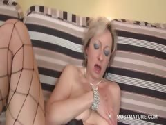blonde-bitch-fucks-her-mature-horny-cunt-with-dildo