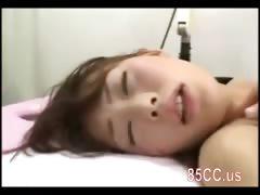 schoolgirl-enjoy-erotic-massage-02