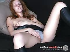 El furor sexual masturbatorio de la pelirroja
