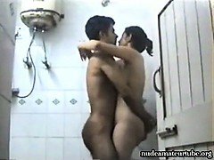 sexy-indian-amateur-teen-couple-privat-sex-tape