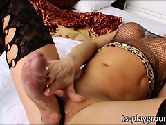 Tbabe Camille Andrade Wanks Her Big Cock