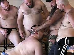 Gunner Scott And The 5 Bears