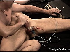 Hot Muscular German's Big Dick Gets Harder As I Turn Up The