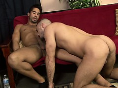 straight-muscular-puerto-rican-stud-gets-his-start-in-gay