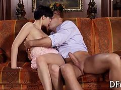 Порно с арией кажевниковой