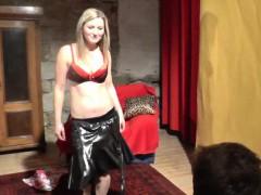 Busty Hottie Does Hot Lapdance Show