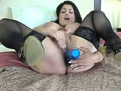 dolly – sexy arab solo