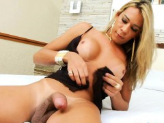 Busty Shemale Karol Suction Her Shaft And Play With It
