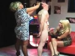 Видео подготовка анала женщины