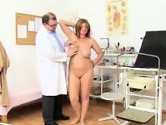 Madam Brunette Bohunka Gets Her Hole Tantalise With Bang