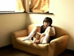 japanese-girl-vibrating-her-tight-pussy