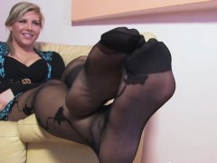 Blondes Babes Nylon Covered Feet Close Up