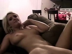 Amateur Babe Naked In Homemade Sex Tape