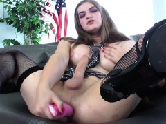Amateur Tranny In Stockings Toying Her Ass