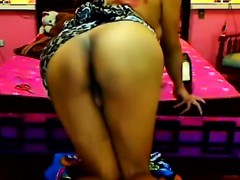 gorgeous-shemale-live-cam-free