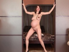 pregnant-iviola-fingers-her-hot-wet-pussy