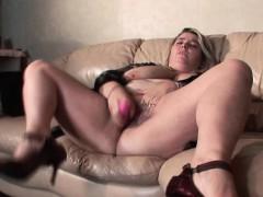 Huge Tits Bbw Mature Dildoing Her Wet Cunt