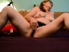 Old Milf Makes Her Shaved Pussy Squirt