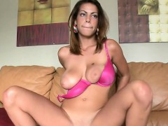 awesome-tits-babe-anna-halo