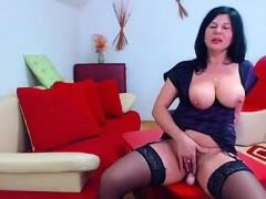 Milf Games Teases On Cam And Her Furry Wet Vagina