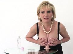 Unfaithful English Milf Lady Sonia Showcases Her Big Tits