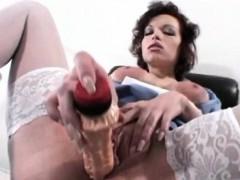 big-saggy-boobs-nurse-gets-a-taste-of-doctor