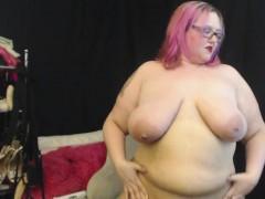 sexy-alt-goth-bbw-sara-star-plays-with-her-big-belly