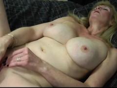 Seductive Blonde Mature Mumsy With Rosaria