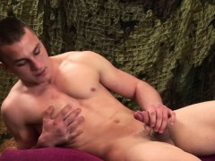 young-and-muscular-alex-novak-jerks-off