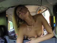 lesbians-fucking-hard-in-taxi