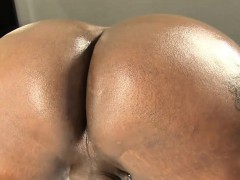 Curvy Amateur Tgirl Spreading Ass And Jerking