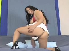 Horny Chicks Pound The Biggest Belt Dicks And Spray Sperm Al