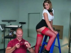 Horny Employee Teaches Ass To Boss, By An Increase