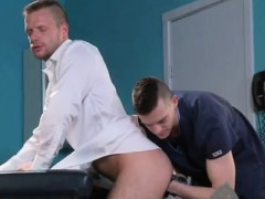 Free Gay Porn Young Boys Jerking Off Into Mouth Brian Bonds