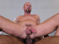 Muscular Hunk Rides Bbc